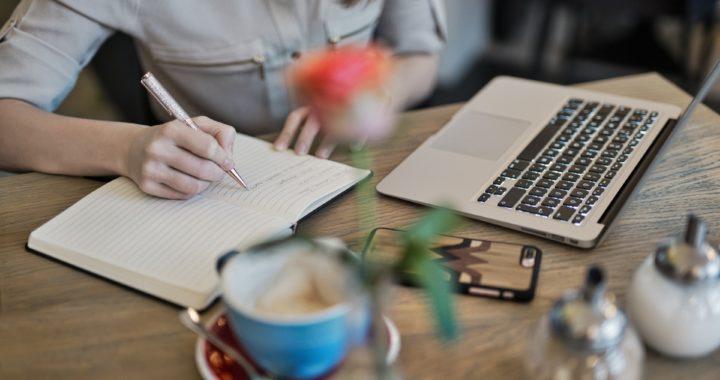 9 въпроса, които трябва да си зададете, когато наемате SEO копирайтър